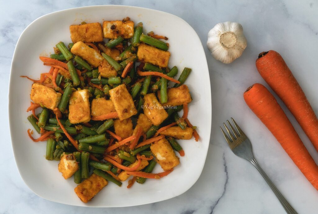 Final output of Garlic Green Bean Fried Tofu Spicy Carrots