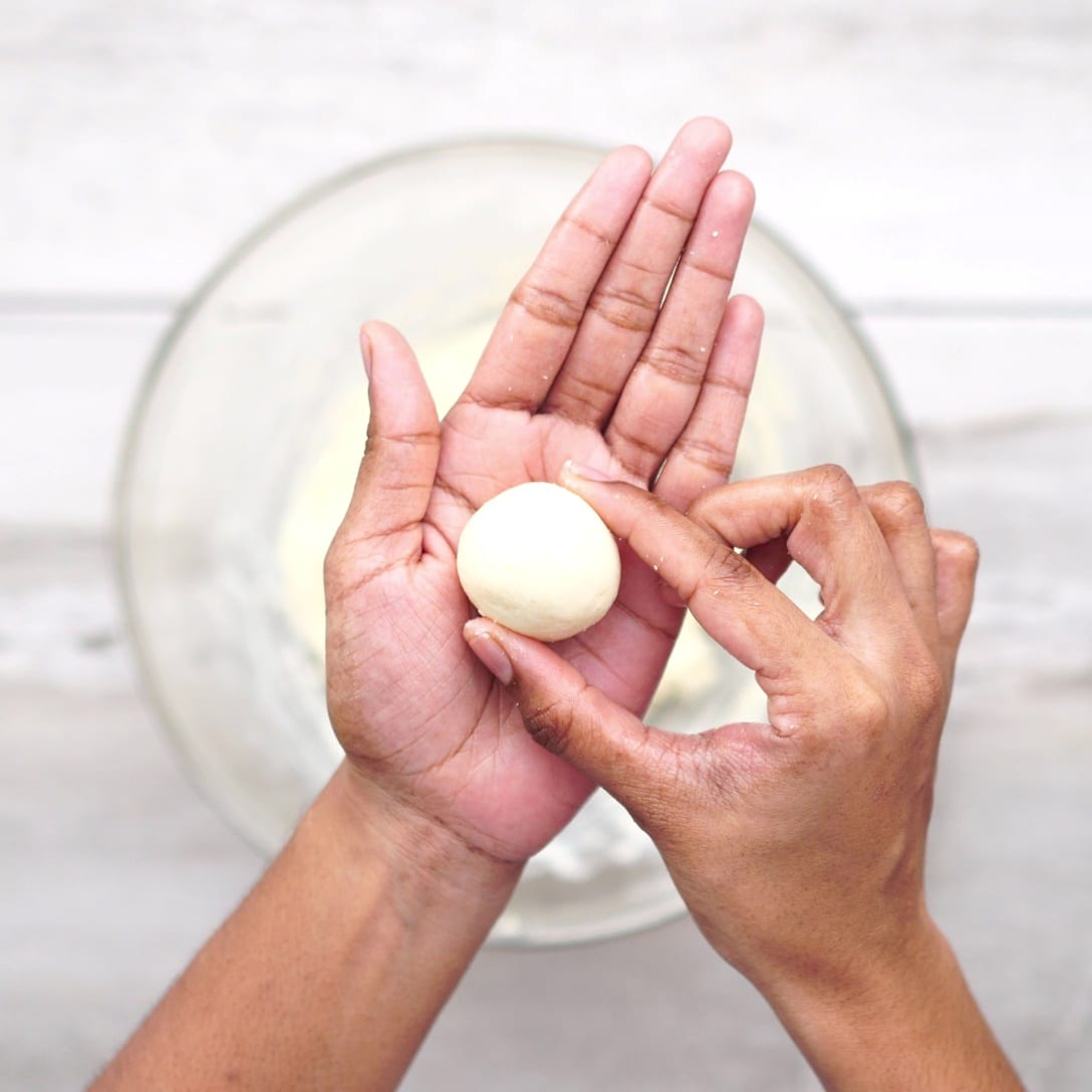 making dough in ball size