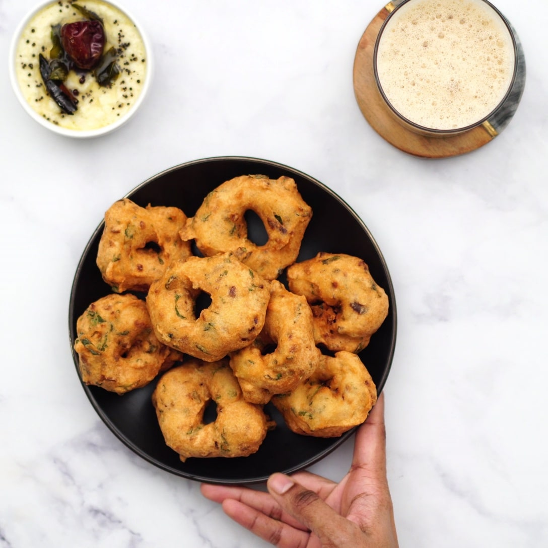 Final output of vada being served