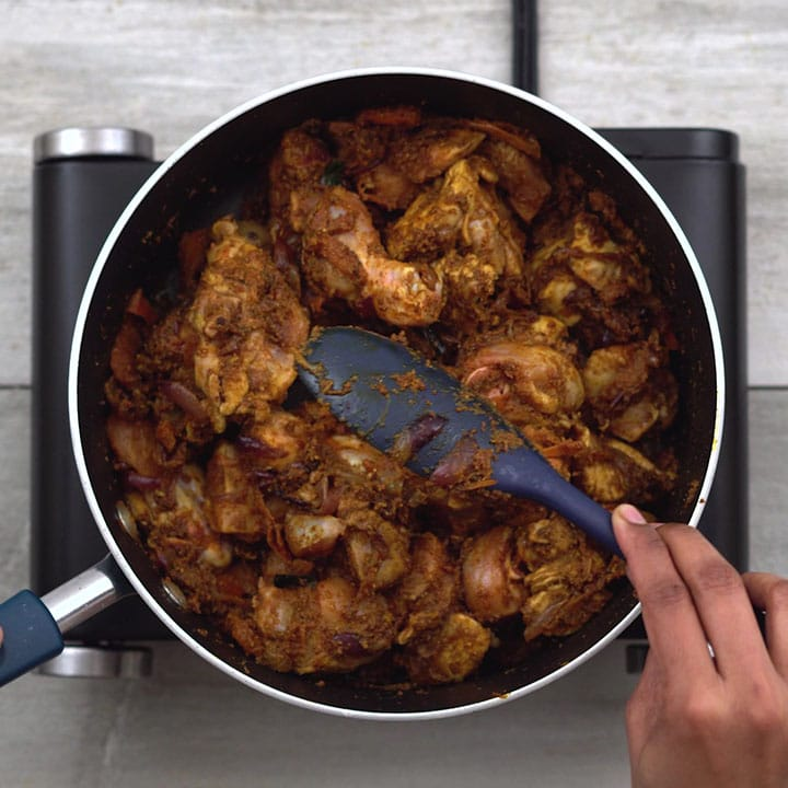 Combining chicken with masalas