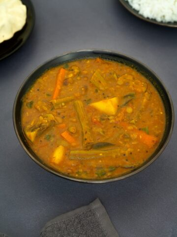 South Indian Mixed Vegetable Samabr