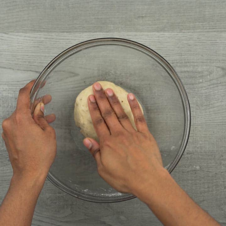 Firm and tight dough for samosa