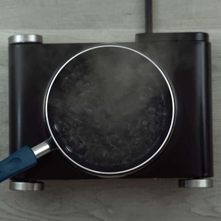 water boiling in a pan