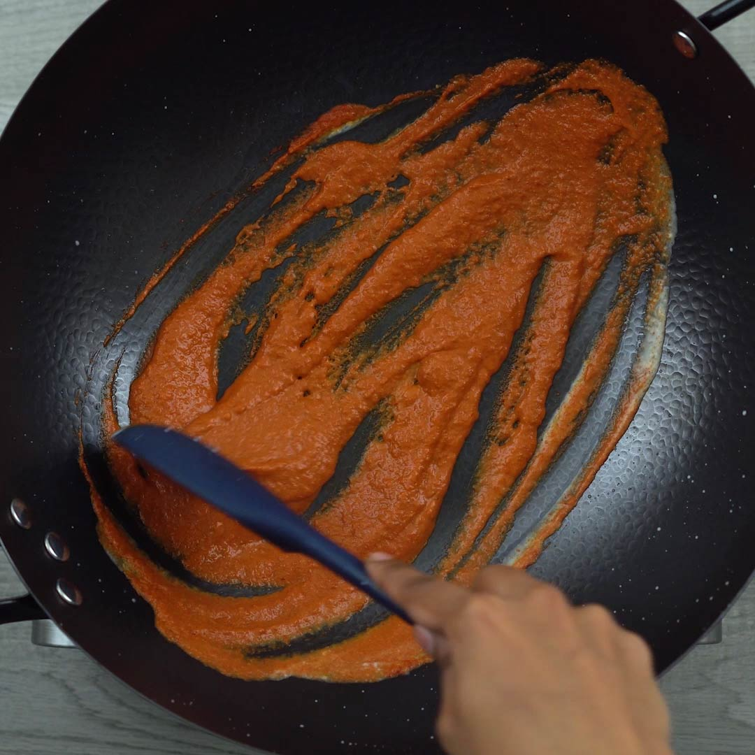 sauteing red curry paste
