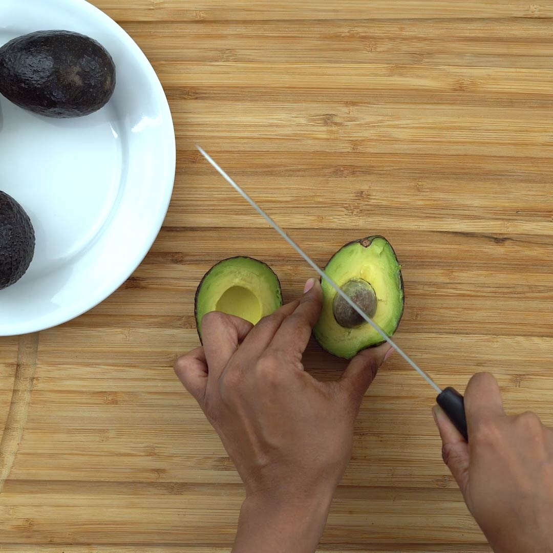 remove the avocado seed from pit